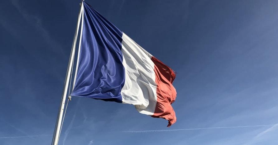 """Azartiniai lošimai Prancūzijoje pasiekia """"Groupe Partouche"""" važiavimo kazino"""