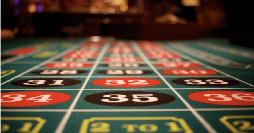 """""""Play'n GO"""" pradėjo fantastišką pokerio žaidimą: """"3 Hands Casino Hold'em"""""""