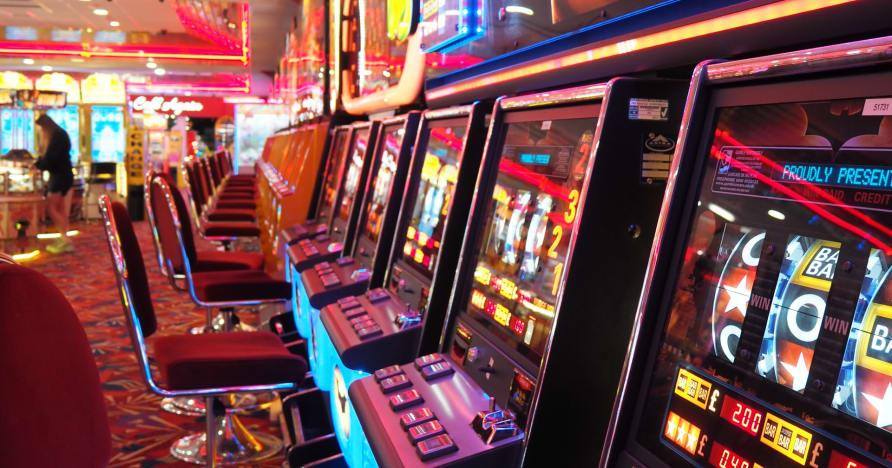 Internetiniai kazino žaidimai: populiaresni nei kada nors anksčiau