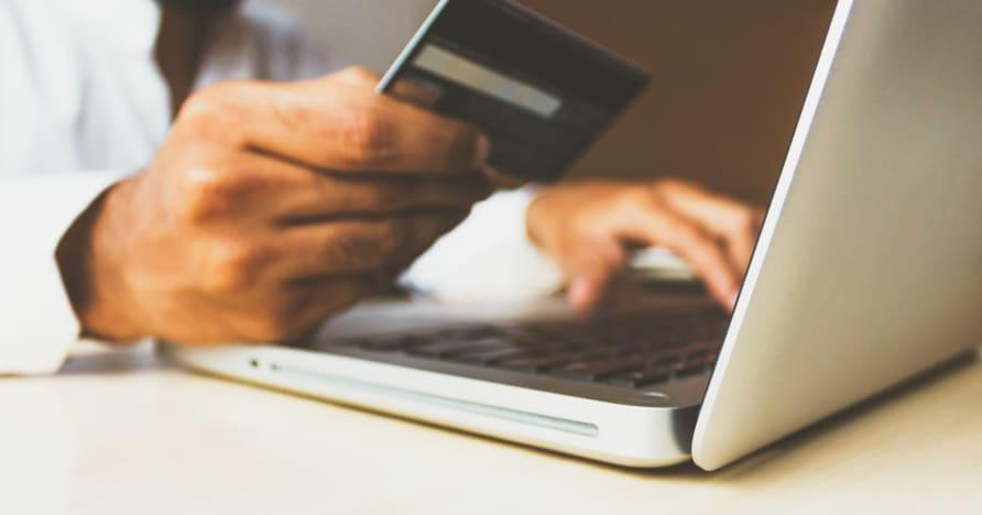 Kredito kortelių draudimas lažintis JK