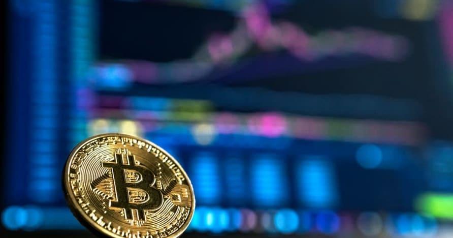 """""""Bitcoin 2021"""" perspektyvos ir jos poveikis internetiniams lošimams"""