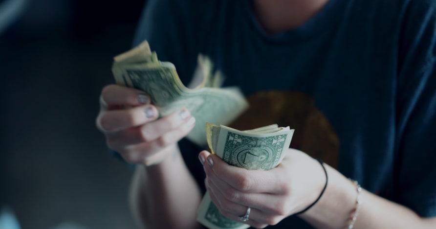 Kaip kazino apgaulingi žaidėjai išleidžia daugiau pinigų