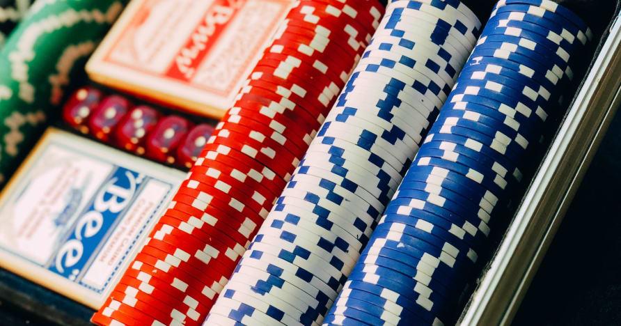 """Evolution Gaming Inks Live Casino"" sandoris su ""CBN Limited"" ir ""AGLC"""
