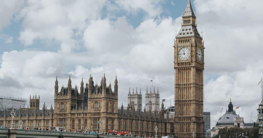 Kodėl 2005 m. JK lošimų įstatymo pakeitimų gali tekti laukti iki 2022 m