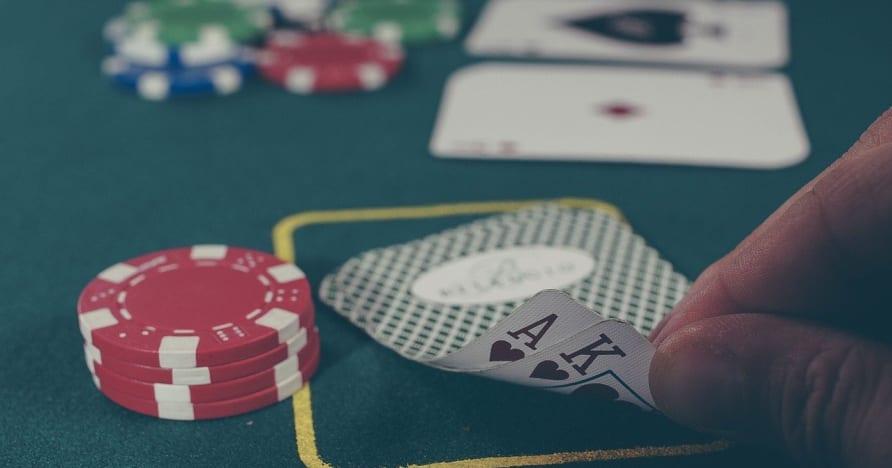 Internetinis pokeris - pagrindiniai įgūdžiai