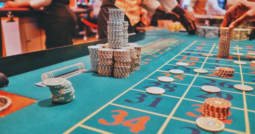 Juokingi laimėjimai internetiniuose kazino