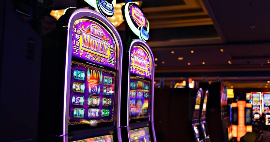 """Ką reikia žinoti apie """"Play'n Go"""" pinigus sukant naujus lošimo automatus - triušių skylių turtus"""
